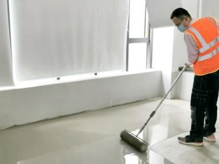 消泡剂对石膏基自流平砂浆性能的影响